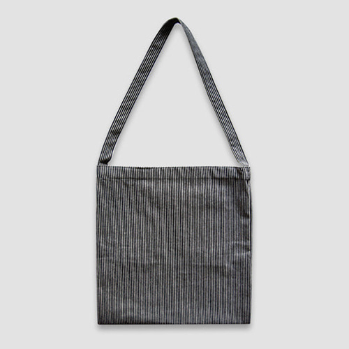 재입고*[미밍프로젝트] EASY BAG SQUARE_BLACK STRIPE