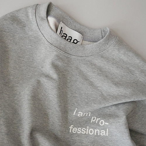[haag] a sweat shirt